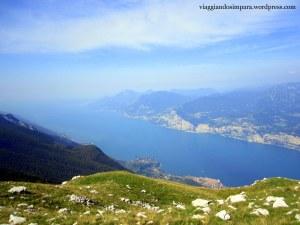 La vista del lago di Garda dalla cima del Monte Baldo