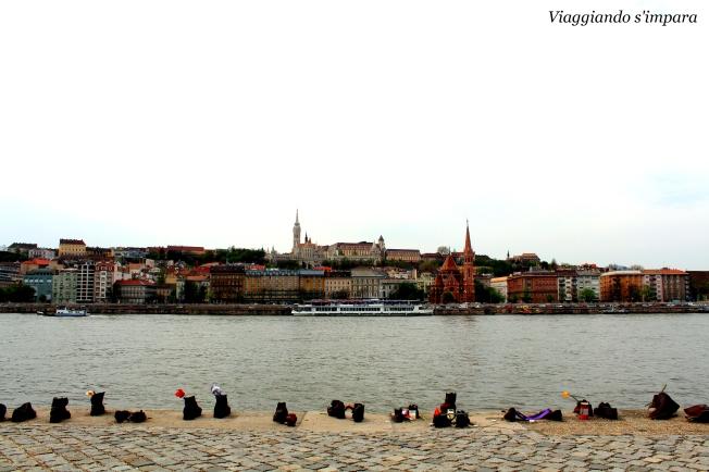 Budapest passeggiata delle scarpe
