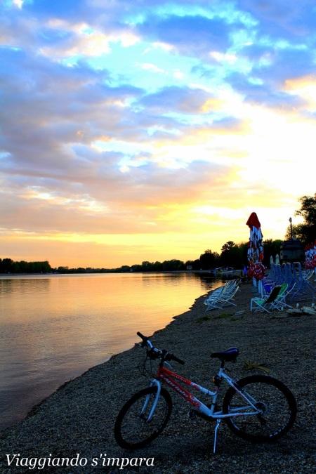 Giro in bici a Belgrado