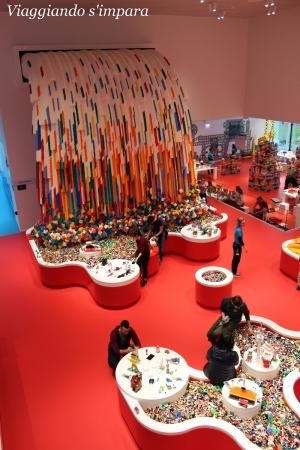 Cascata Lego House